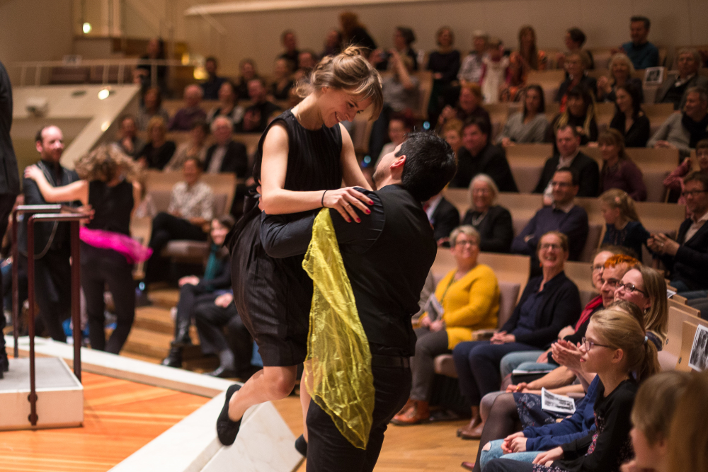 Zentralkapelle Berlin tanzt in der Philharmonie